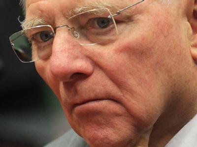 Will 2013 die Vorgaben der Schuldenbremse einhalten.: Bundesfinanzminister Wolfgang Schäuble (CDU). Foto: Olivier Hoslet/Archiv