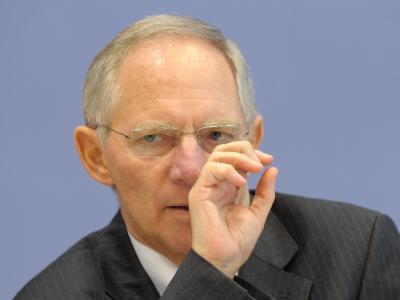 Schäuble verteidigt Sparpläne