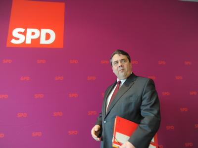 Der Parteivorsitzende Gabriel meint, die schwarz-gelbe Koalition habe sich komplett verrannt. Foto: Marcus Brandt