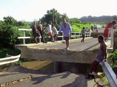 Der Inselstaat Vanuatu wird immer wieder von schweren Erdbeben erschüttert. (Foto vom 3.1.2002)