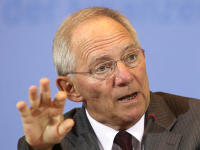 Die spanische Regierung entscheidet aus Sicht von Bundesfinanzminister Schäuble autonom, ob sich das Land in der Schuldenkrise unter den europäischen Rettungsschirm begibt. Foto: Wolfgang Kumm / Archiv