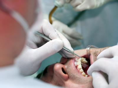 Patient beim Zahnarzt