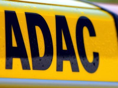 Der ADAC hat bei einigen Auto-Kindersitzen erhebliche Mängel festgestellt. (Symbolbild)