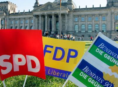 Die Liberalen in Nordrhein-Westfalen sind unter Bedingungen bereit, mit SPD und Grünen über eine Ampelkoalition zu reden