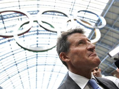 OK-Chef Sebastian Coe. Nach den besorgniserregenden Zwischenfällen nicht nur in Londoner Problemvierteln kommt das Olympia-Sicherheitskonzept noch einmal auf den Prüfstand.