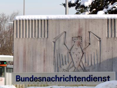 Der Eingang zum BND-Gelände in Pullach bei München (Archiv).
