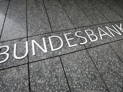 Laut Bundesbank sind die Staatsschulden bis zum Jahresende 2009 auf 1,762 Billionen Euro geklettert.