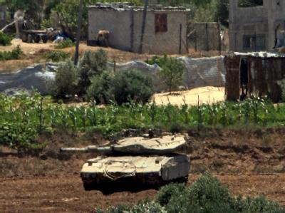 Israelischer Panzer im palästinensischen Flüchtlingslager Al-Bureidsch (Archivfoto).