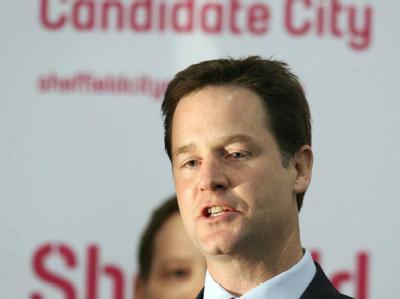 Trotz des bescheidenen eigenen Wahlergebnisses wird Liberaldemokrat Nick Clegg zum Zünglein an der Waage.