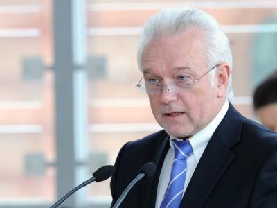 Laut FDP-Vorstandsmitglied Wolfgang Kubicki werden weder die Gesundheits- noch die Steuerreform auf einen Schlag zu den versprochenen Erleichterungen bei den Bürgern führen.