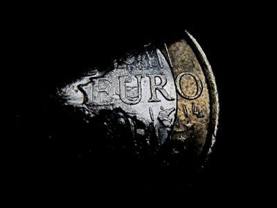Eine der wichtigsten Baustellen für die Koalition 2012: Die Euro-Schuldenkrise. Foto: Karl-Josef Hildenbrand