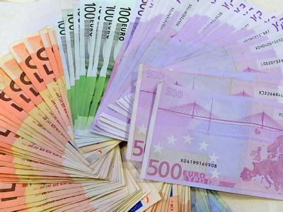 Die Schuldenlast der öffentlichen Haushalte lag Ende 2010 bei 1998,8 Milliarden Euro.