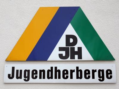 In einer Jugendherberge im Schwarzwald soll Alkohol an Kinder verteilt worden sein. (Symbolbild)