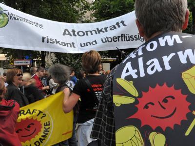 Atomkraft-Gegner demonstrieren