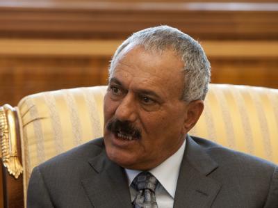 Rücktritt - ja oder nein? Noch ist nicht klar, ob Jemens Präsident Ali Abdullah Salih wirklich sein Amt aufgibt. Er verhindert weiter einen friedlichen Machtwechsel im Jemen.