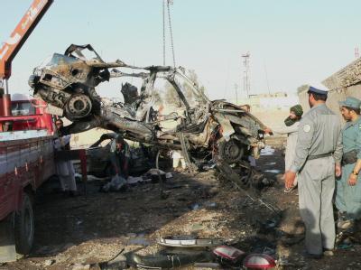 Bei einem Bombenanschlag zerstörtes Auto in Kandahar (Archivbild). Die Zahl der Zwischenfälle in Afghanistan hat sich im Vergleich zu den Vorjahren signifikant erhöht.