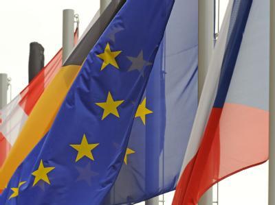 Das tschechische Verfassungsgericht hat entschieden, dass der EU-Reformvertrag nicht gegen nationales Recht verstößt.