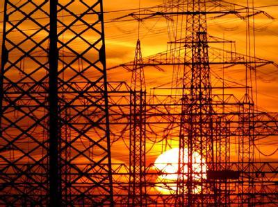 Die Energiewende hat ihren Preis. Eine Studie geht von einem drastischen Aufschlag aus. Foto: Rolf Vennenbernd