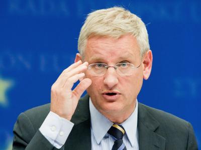 Der schwedische Außenminister Carl Bildt hat eine von Israel geforderte Verurteilung des Presseartikels abgelehnt.