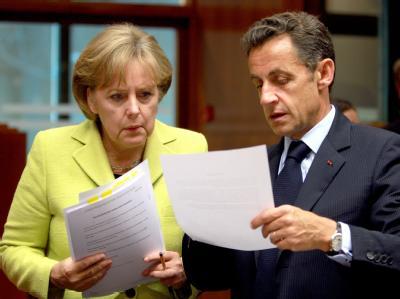 Angela Merkel und Frankreichs Präsident Sarkozy beim EU-Gipfel zur Bankenkrise am 19. Juni 2009.