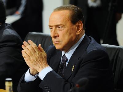 Silvio Berlusconi kann durchatmen: Das Misstrauensvotum gegen seinen Vertrauten Giacomo Caliendo ist gescheitert.