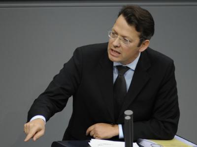 FDP-Finanzexperte Fricke fordert verschärften Sparkurs.