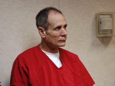 Phillip Garrido hat Jaycee Lee Dugard 18 Jahre lang in einem Zelt in seinem Garten gefangen gehalten.