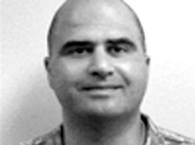 Drei Wochen vor Beginn seines Irak-Einsatzes hat ein Militär-Psychiater auf dem größten Militärstützpunkt in den USA ein Blutbad angerichtet.
