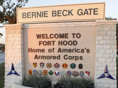 Eingangstor zum Militärstützpunkt Fort Hood in Texas.