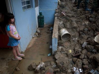 Katastrophenalarm in Kolumbien: 330000 Familien sind auf Notunterkünfte und Lebensmittelhilfen angewiesen.