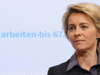 Bundesarbeitsministerin Ursula von der Leyen hat ein Gesetzespaket gegen Altersarmut geschnürt. Foto: Rainer Jensen / Archiv