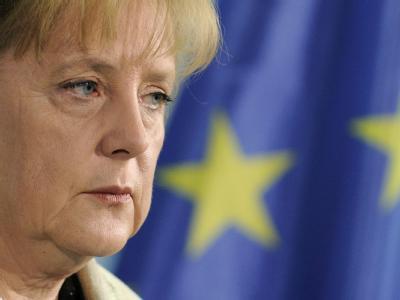 Für Bundeskanzlerin Angela Merkel ist der beispiellose EU-Rettungsschirm für den angeschlagenen Euro alternativlos.