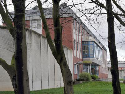 Hauptgebäude der Justizvollzugsanstalt Aachen.