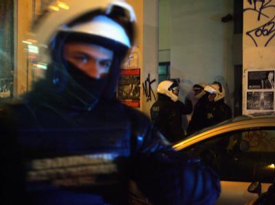 Spezialkräfte der Polizei bei einem Einsatz in Athen.