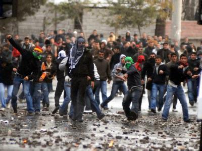 Krawalle bei Kurden-Demonstration