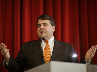 SPD-Chef Sigmar Gabriel verlangt Aufklärung.