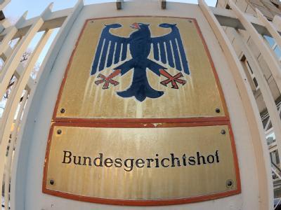 Eingangsschild des Bundesgerichtshofs (BGH) in Karlsruhe.