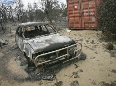 Ein ausgebrannter Wagen in Toodyay in Westaustralien.