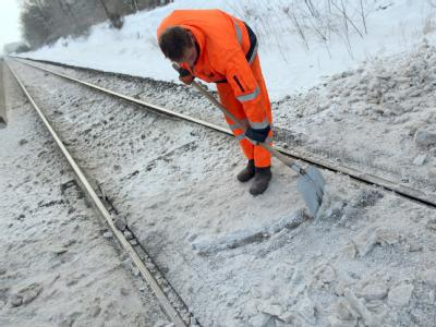 Eis auf den Bahnschienen