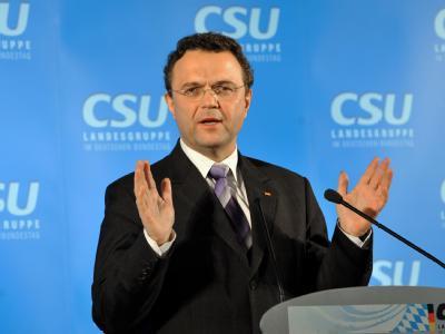CSU-Landesgruppenchef Hans-Peter Friedrich stellt klar: Seine Partei lehnt eine EU-Mitgliedschaft der Türkei strikt ab.