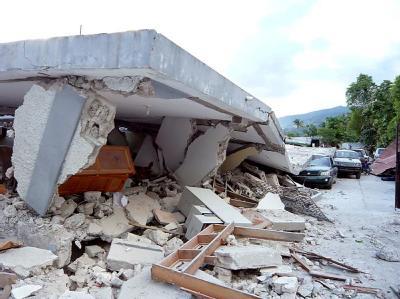 Die Hafenstadt Jacmel im Süden Haitis ist zur Hälfte zerstört.