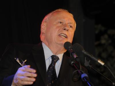 Linksparteichef Oskar Lafontaine spricht beim Neujahrsempfang der Linkspartei in Saarbrücken.