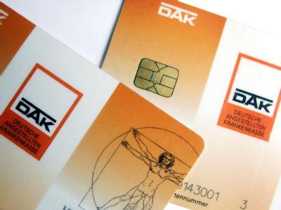 Die DAK hat angekündigt, von Februar an acht Euro mehr zu kassieren. Auch andere Kassen wollen Zusatzbeiträge erheben.