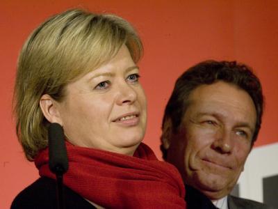 Stoßen nicht in der gesamten Partei auf Begeisterung: Die designierten Vorsitzenden der Linken, Gesine Lötzsch und Klaus Ernst.
