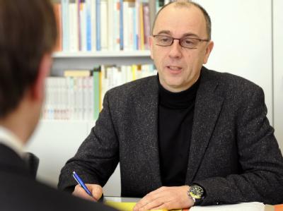 Der Diplom-Psychologe Hans-Jürgen Fromm vom medizinisch-psychologischen Institut Hannover im Gespräch.