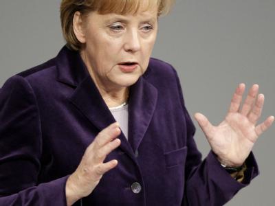 Bundeskanzlerin Merkel gibt im Deutschen Bundestag eine Regierungserklärung zur Situation in Afghanistan ab.