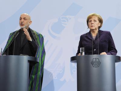 Der afghanische Präsident Hamid Karsai und Bundeskanzlerin Angela Merkel im Bundeskanzleramt.