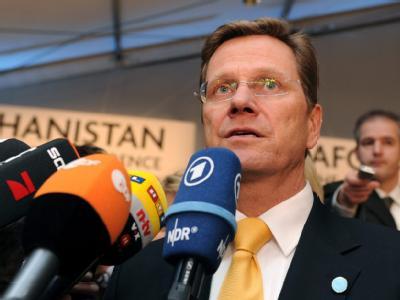 Außenminister Westerwelle sieht keine realistische Alternative zum Ausstiegsprogramm für die Taliban.