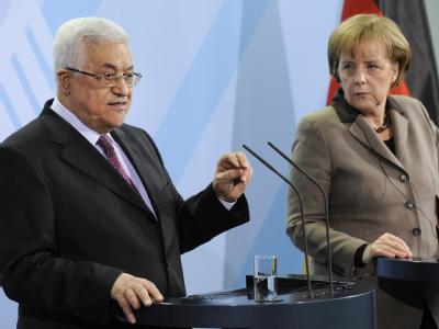 Mahmud Abbas und Angela Merkel