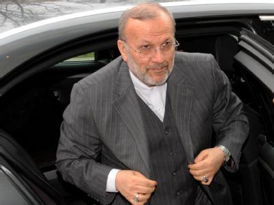 Der iranische Außenminister Mottaki hat in München vor weiteren Strafmaßnahmen gegen sein Land gewarnt.